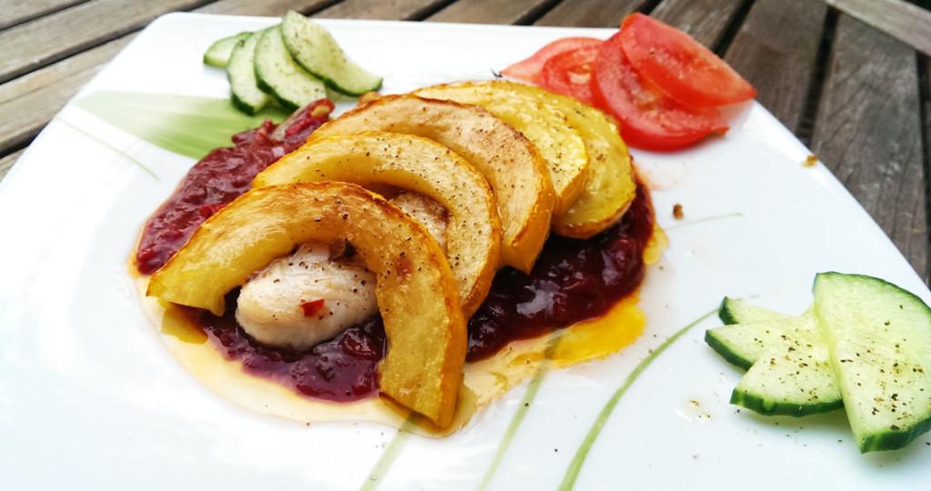 Rezept für leckeren Fisch auf Chili-Tomatensoße
