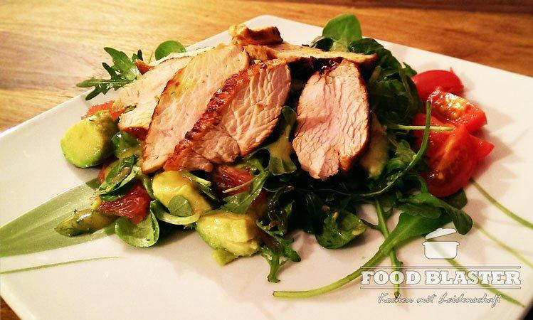 Salat mit Pute und Avocado