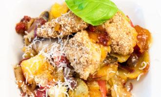 Salat mit Hähnchen und Sesam