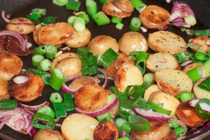 Kartoffeln in Pfanne anbraten