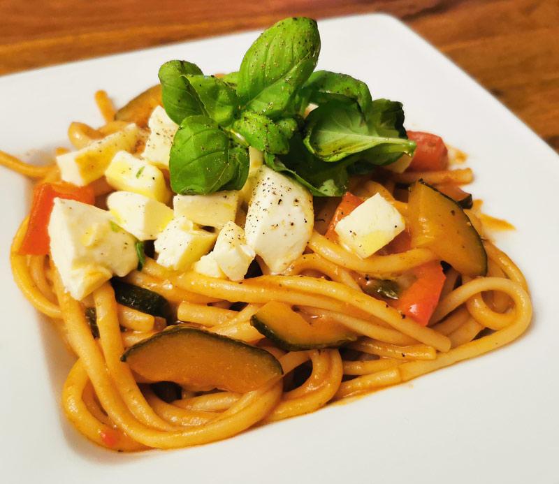 Bild: Spaghetti mit Gemüse